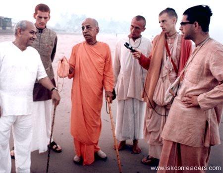Giriraj Swami with Srila Prabhupada