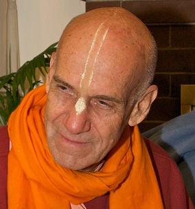 HH Trivikrama Swami
